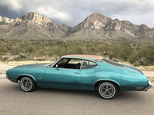 Original 1970 Oldsmobile 442 4 speed