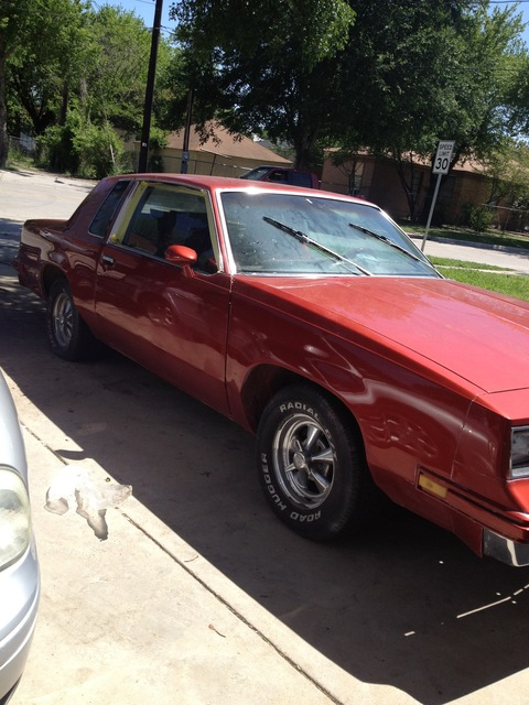 88 Cutlass $6000 NEW PAINT NEW INTERIOR NEW ENGINE
