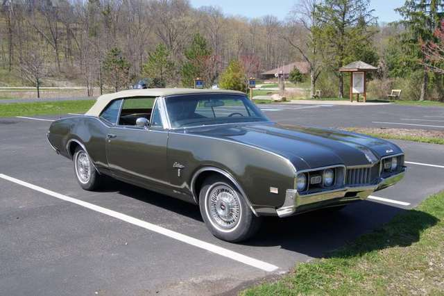 1968 Oldsmobile Cutlass Convertible