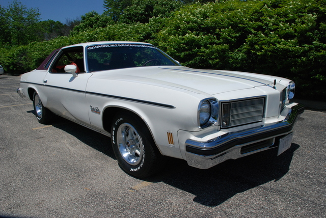 1975 oldsmobile cutlass salon 455 with 4300 original miles
