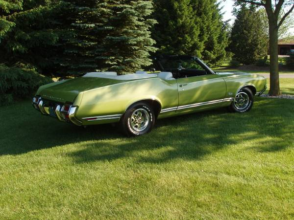 1971 Oldsmobile Cutlass Convertible Madison Wi