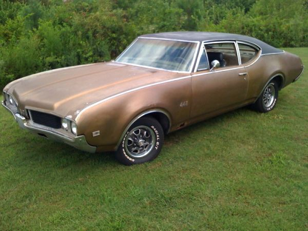 1969 Olds 442 Post Car