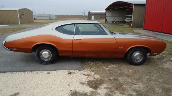 1971 Oldsmobile Cutlass Sport