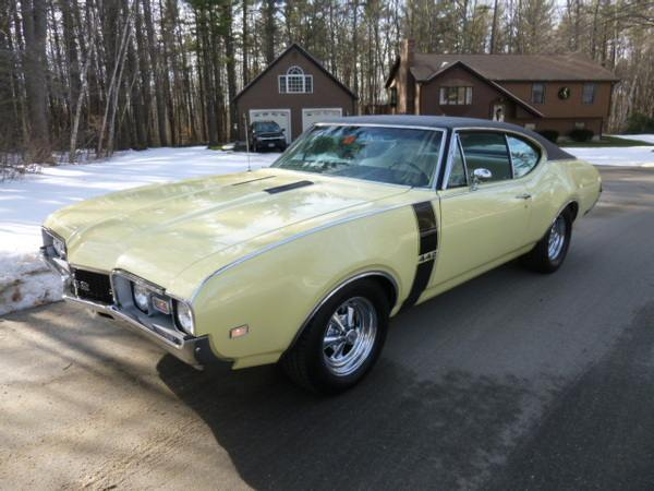 1968 Oldsmobile 442 Holiday Sport Coupe Auburn Nh