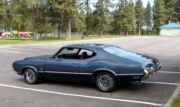1970 Olds Cutlass S with W25 Option