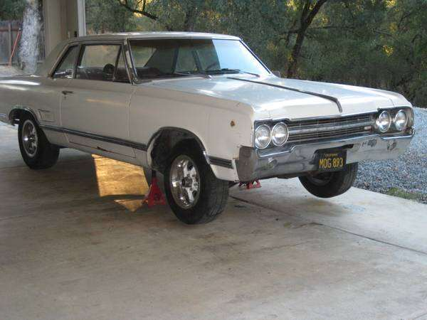 1965 Olds 442 Sports Coupe