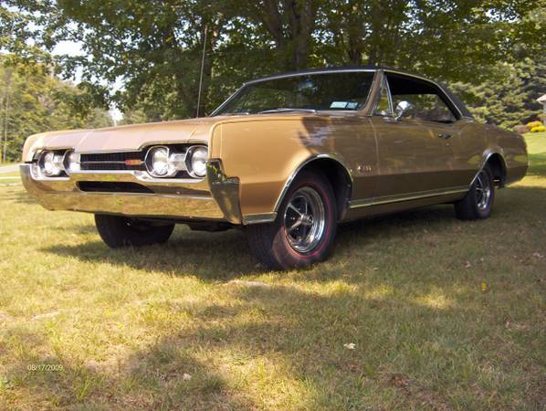 Classic 1967 Olds 442