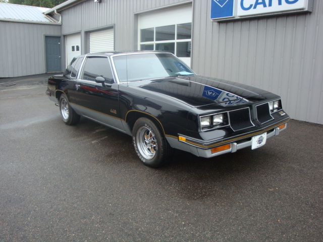 86 Olds 442 rust free -nice driver!