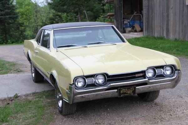 1967 Oldsmobile Cutlass 442 4 speed Posi