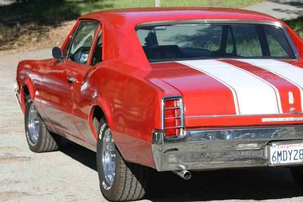 1966 Oldsmobile F85 (442 Clone)