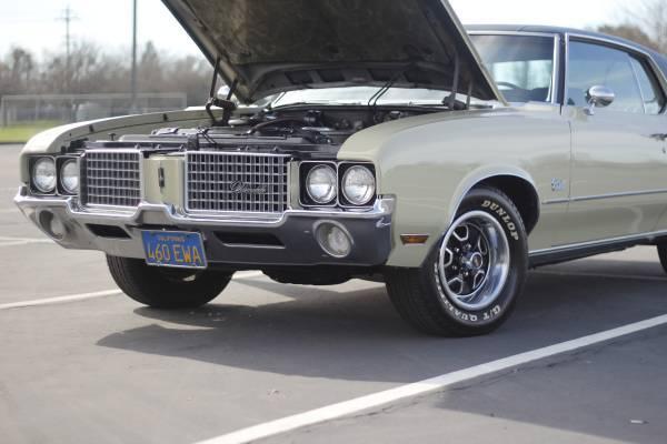 1972 Oldsmobile Cutlass Supreme 48k Original Miles
