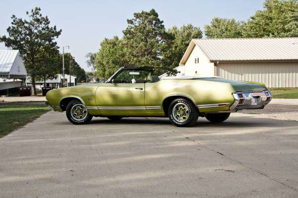 1971 Olds Cutlass Convertible