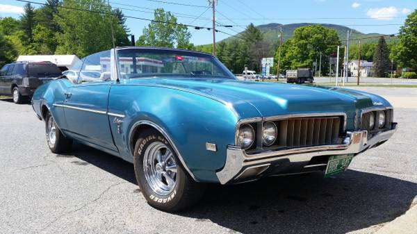 1969 Oldsmobile Cutlass S 350 Convertible