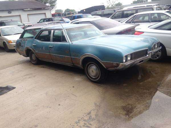 1969 Cutlass Vista Cruiser Wagon