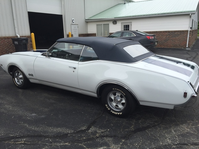 1969 Oldsmobile Cutlass Convertible w/442 Options