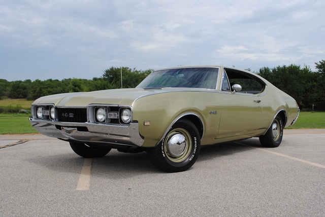1968 Oldsmobile 442 (Canadian Documented)