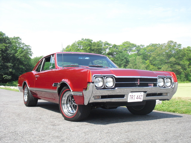 1966 Olds 442 Tri- Carb 4-speed