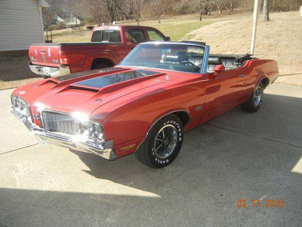 1970 442 Red Convertible