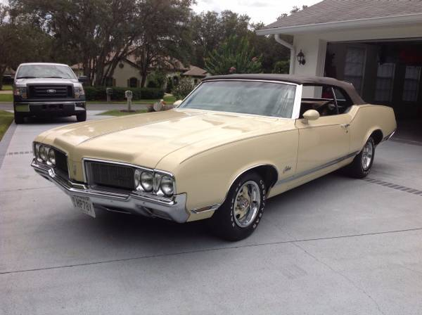 1970 Olds Cutlass Supreme Convertible