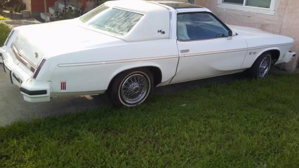 1977 oldsmobile hurst w25