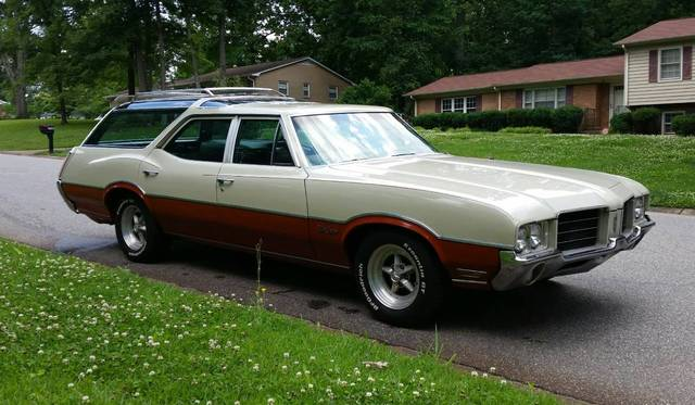 1971 Oldsmobile Cutlass Vista Cruiser