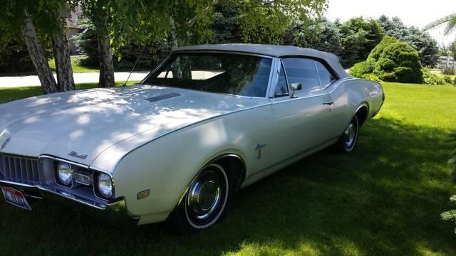 1968 Oldsmobile Cultlass Convertible