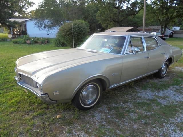 1969 Oldsmobile Cutlass 35,000 Miles