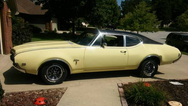 1969 Olds Cutlass S 2 door sport coupe