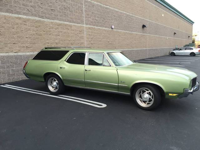 1972 Oldsmobile Cutlass Cruiser Wagon
