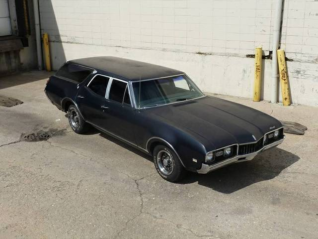 1968 Oldsmobile Cutlass Cruiser