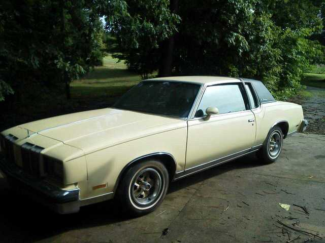 Oldsmobile Cutlass Supreme Brogham