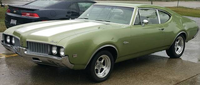 1969 Oldsmobile Cutlass Sports Coupe