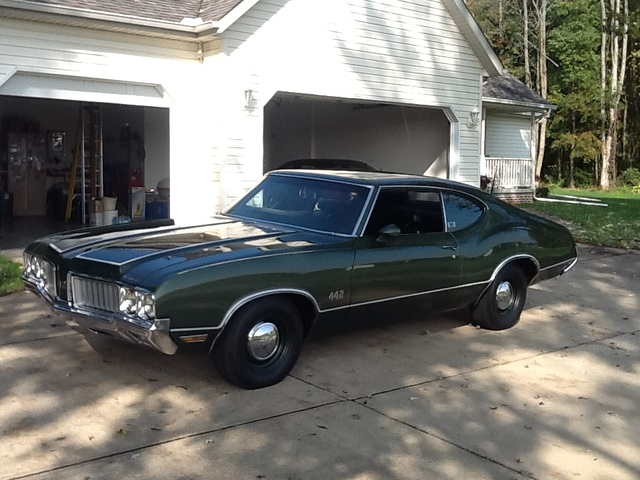 1970 442 holiday coupe