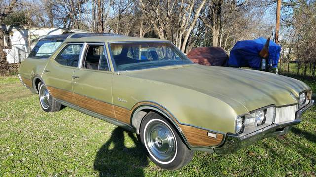 1968 Oldsmobile Vista Cruiser Wagon