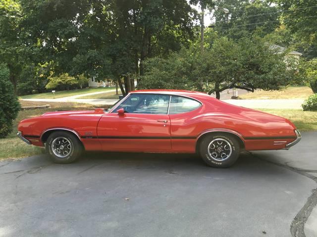 1972 Oldsmobile Cutlass 442 V Code