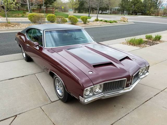 1970 Oldsmobile Holiday Coupe 442
