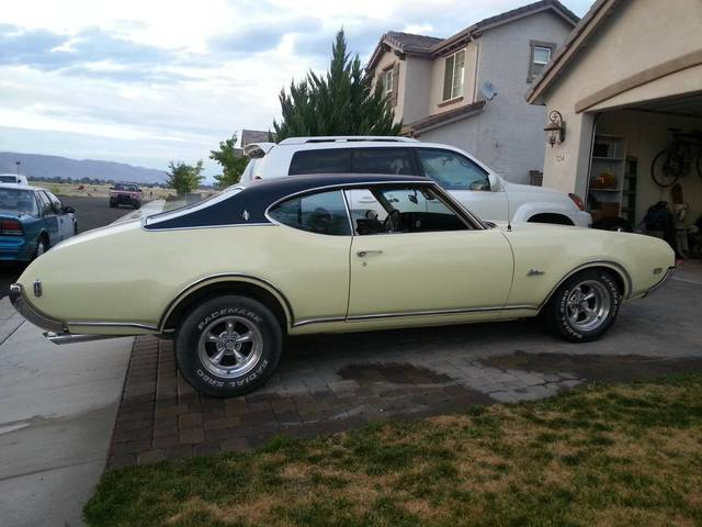 1969 Olds Cutlass Supreme