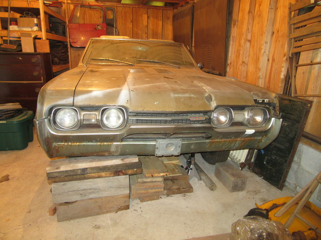 1967 OLDSMOBILE 442 CONVERTIBLE AND PARTS INVENTORY