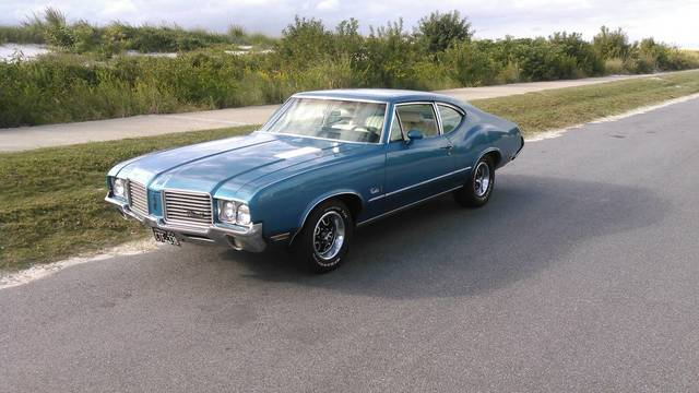 1972 Cutlass S Sports Coupe