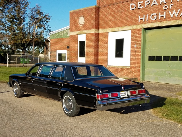 OLDSMOBILE ARMBRUSTER STAGEWAY 6 DOOR FAMILY CAR/ LIMO