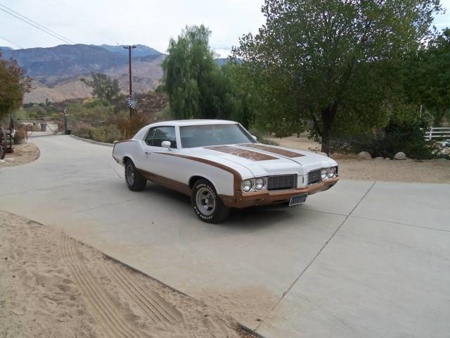 1970 Olds Cutlass Supreme Hurst Tribute