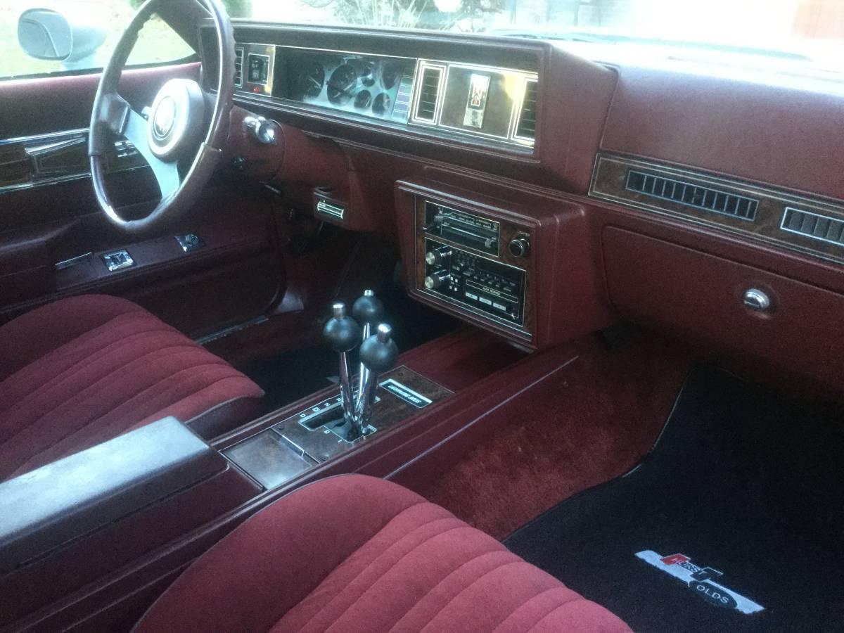 1984 hurst oldsmobile lansing mi. Black Bedroom Furniture Sets. Home Design Ideas