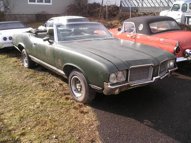 1971 Olds Cutlass Supreme Convertible 4-speed