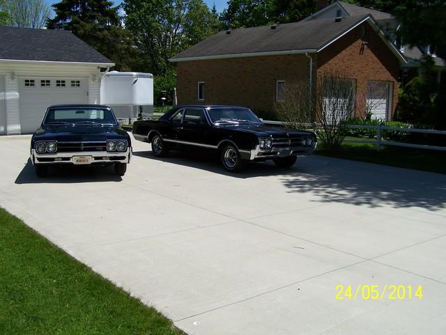 1966 442 & 1966 Cutlass