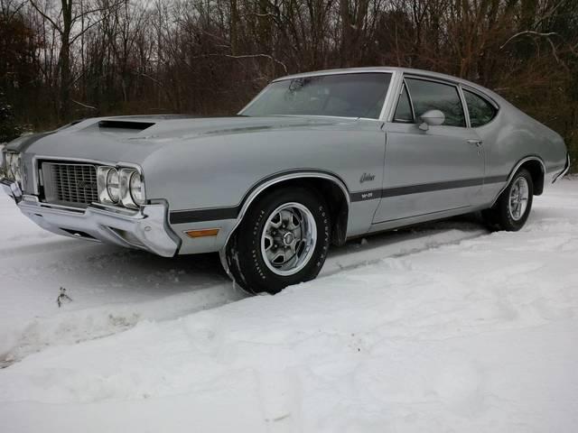 1970 Oldsmobile Cutlass W-31 Post