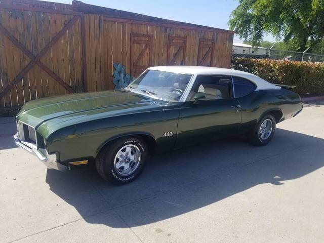 1972 Oldsmobile Cutlass (442 Clone)