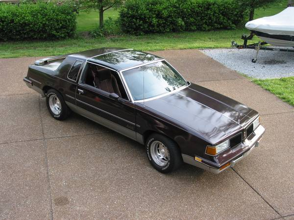 1987 Olds 442 - T-Tops