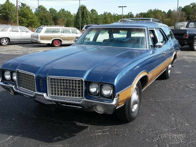 1972 Olds Vista Cruiser