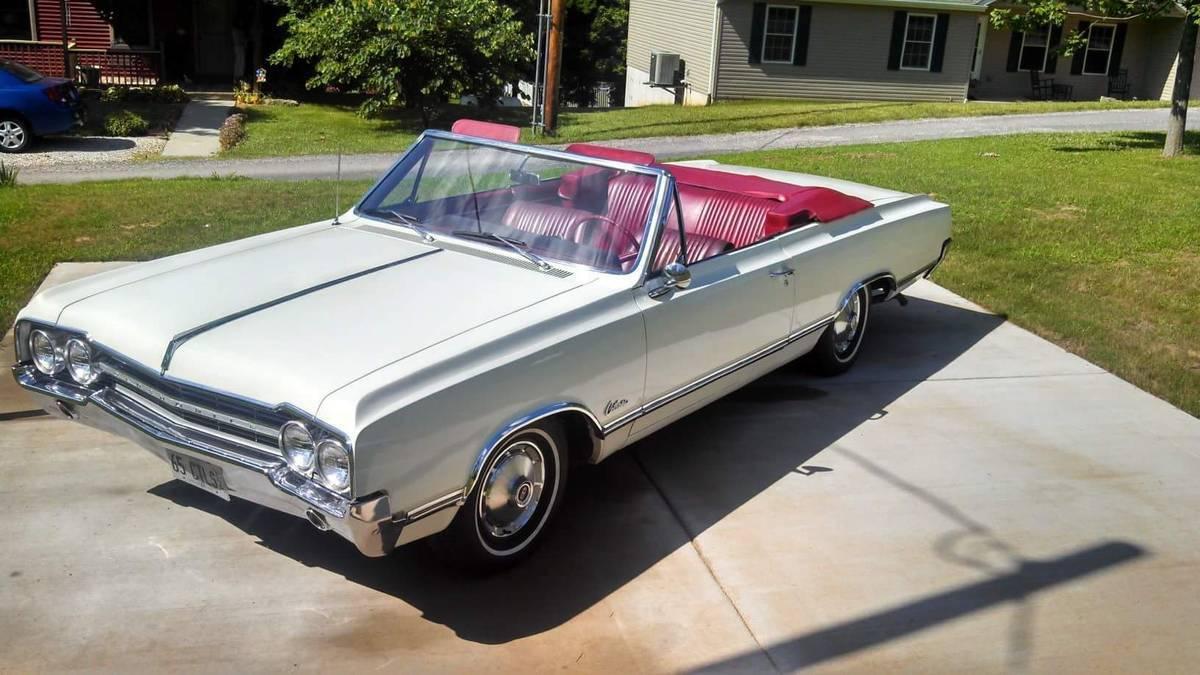 1965 Oldsmobile Cutlass Convertible