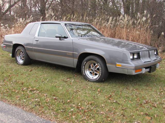 1985 Oldsmobile Cutlass 442